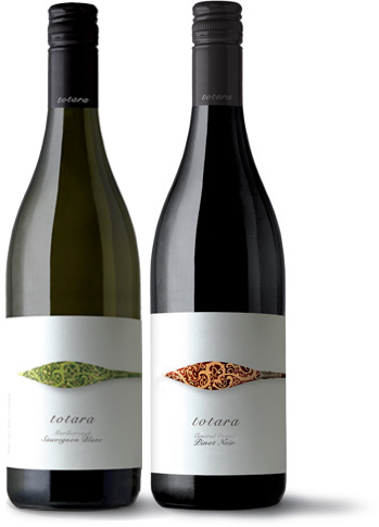 Totara Wines Pinot Noir Bottle Shot